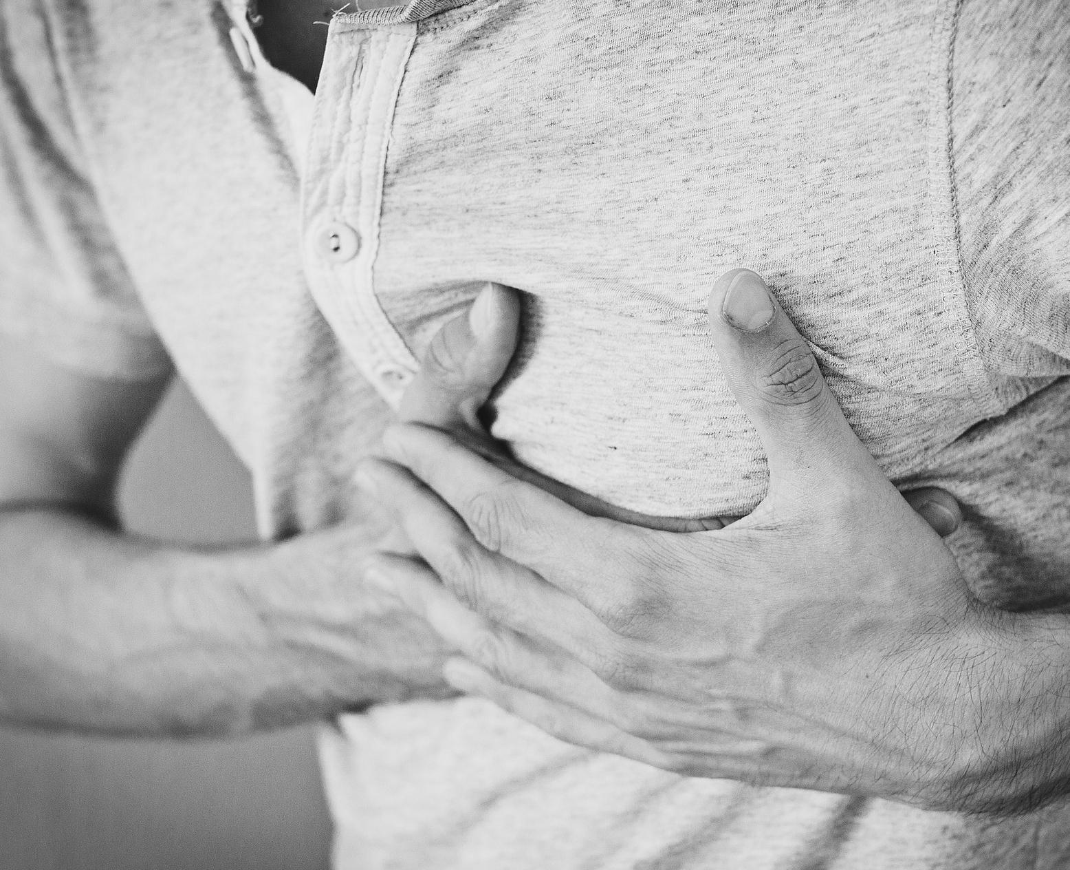 Jakie objawy mogą zwiastować zawał serca?